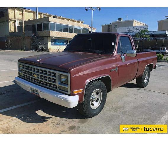 Chevrolet C-10 Pickup
