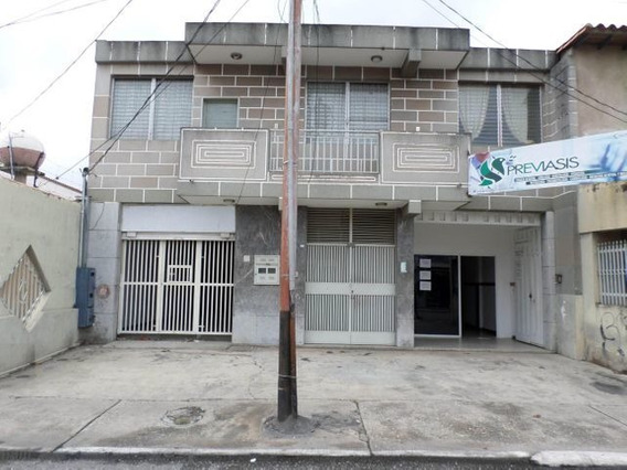 Oficina En Alquiler Oeste De Barquisimeto 21-4755 Rg