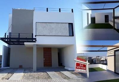 Residencia En La Condesa Juriquilla, Roof Garden, Tapancos, 3 Recámaras, Lujo!