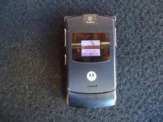 Celular Motorola V3 Funcionando Jogos - Bateria Carregador