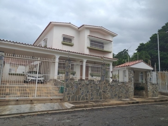 443 M2. Venta De Casa Quinta En Prebo