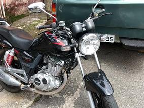 Vende-se Suzuki Gsx 150i. 2015/16 Moto Muito Bonita