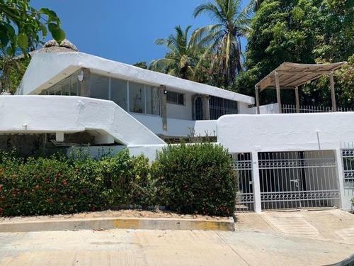 Casa Sola En Venta Fracc Las Playas