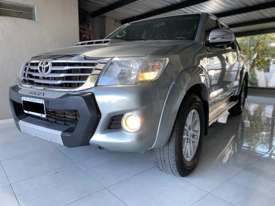 Toyota Hilux 3.0 Cd Sr 171cv 4x4 - C3