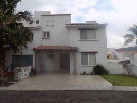 Casa En Venta. Claustros Del Sur. Rcv181106-vm
