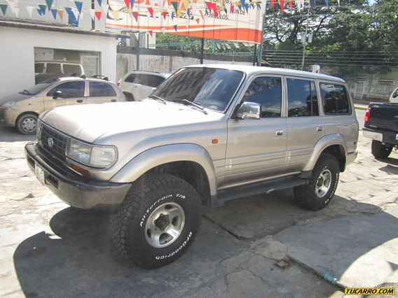 Toyota Burbuja 4x4
