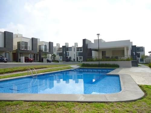 Renta Casa 3 Recamaras Residencial El Parque Privada Alberca