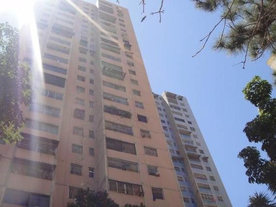 Apartamento En Venta 20-17978