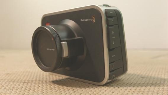 Câmera Blackmagic Cinema 2.5k Ef