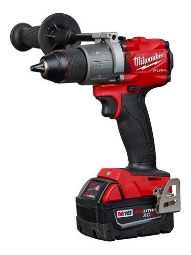 Imagen 1 de 2 de Taladro eléctrico percutor y destornillador Milwaukee M18 Fuel 2804-22 inalámbrico 2000rpm rojo 18V