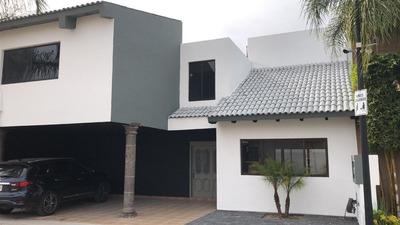 Hermosa Casa En Fraccionamiento Privado Y Seguro