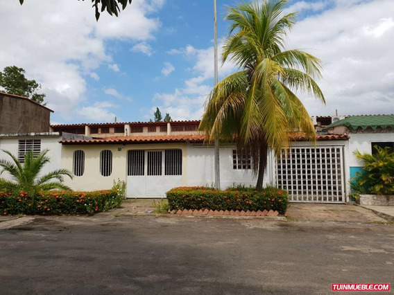 Family House Guayana - Casas Anays