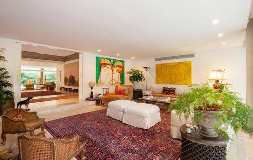Imagem 1 de 30 de Casa Espaçosa Com Estilo Contemporâneo Está Localizada Em Uma Das Melhores Ruas S À Venda, 872 M² Por R$ 18.000.000 - Jardim Europa - São Paulo/sp - Ca0843