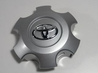 Taza De Rueda Toyota Hilux Srv 2016+ Original