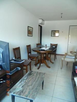 Apartamento De 2 Dormitorios, Con Garaje, Gran Oportunidad!