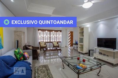 Casa Mobiliada Com 4 Dormitórios E 2 Garagens - Id: 892930837 - 230837