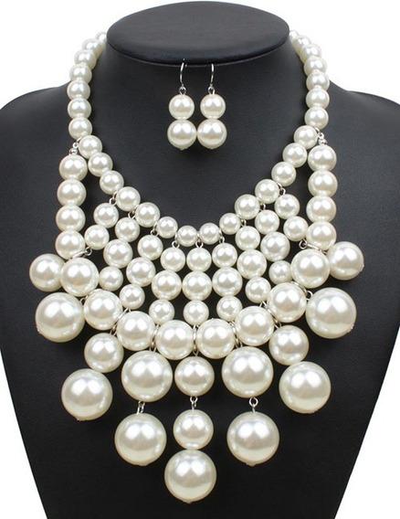 Set Collar Y Aretes De Perlas Blancas