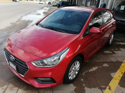 Imagen 1 de 15 de Hyundai Accent 2018 Rojo