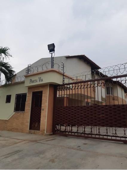 Town House Naguanagua, Guayabal 19.000 Conj. Res. Porta Vía