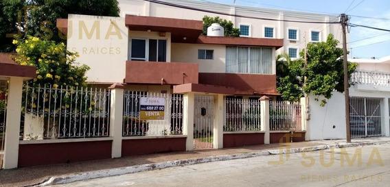 Casa - Fraccionamiento Loma De Rosales