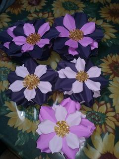Flores De Cartulina Para Decoracion De Ambientes