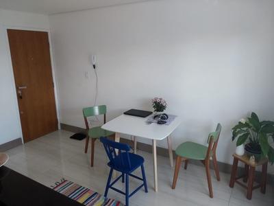 Apartamento Na Asa Norte Com Uma Suíte, Recém Reformado!