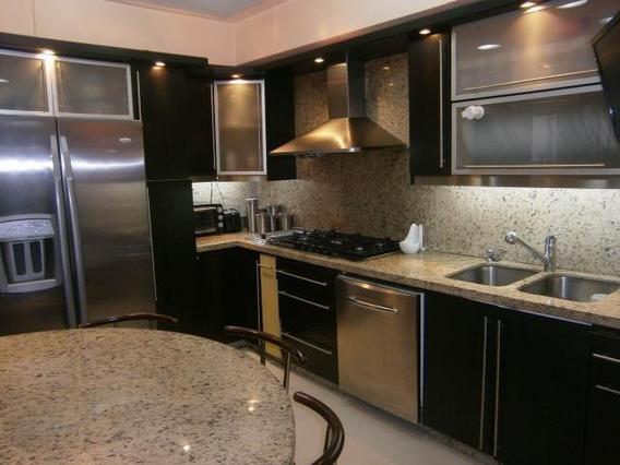 Apartamento En Venta En Las Chimeneas Codigo 19-17054 Gz