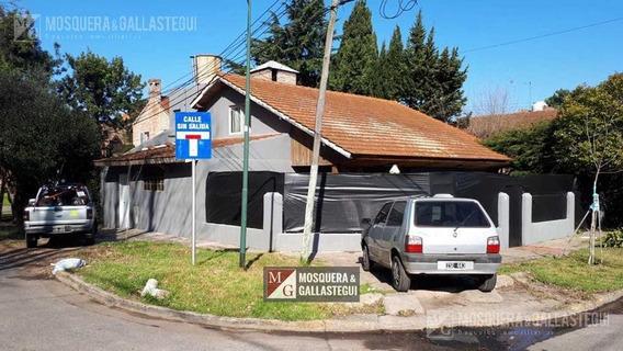Venta Terreno En Lomas De San Isidro - La Horqueta - Con Casa A Refaccionar