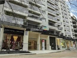 Av Brasil Y Rbla. Local En Micenas Mall 33 M2, Baño