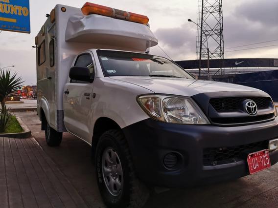 Toyota Hilux 2012 Turbo Diesel Mecánica 4x4 Ambulancia