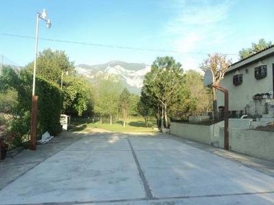 Id:63645, Precioso Terreno Ideal Para Desarrollar Vivienda, Casi Plano Con Casa, Se Localiza A 1.3 Km De La Carretera Muy Cerca Del Deportivo De La Uanl. Cerca Del Fracc Privado Bosque Residencial.(d
