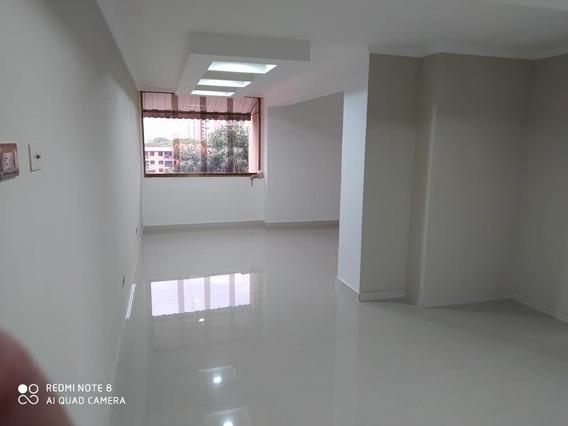 Hermoso Apartamento El Bosque 04243573497
