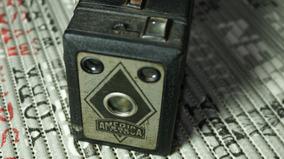 Câmera Fotográfica Antiga América Box - Anos 50