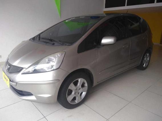 Honda Fit - 2010 - Dourado
