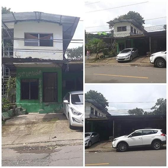 Casa Unifamiliar Con Local Comercial