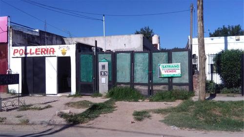 Local + 2 Departamentos En Venta