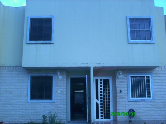 Town House Tierra Clara