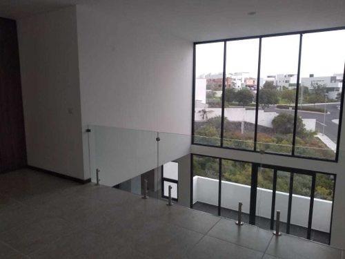 Vendo Penthouse De Lujo Doble Altura Zibata Queretaro