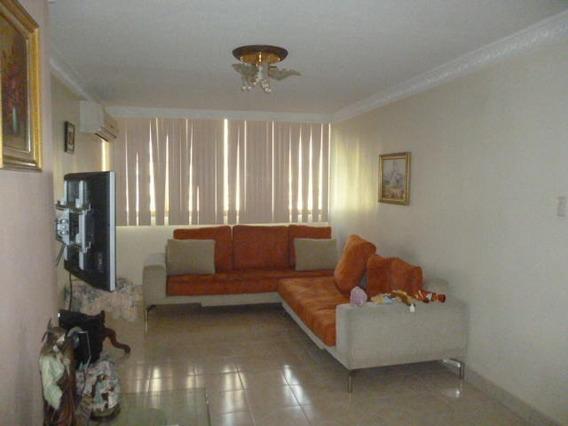 Apartamento En Venta Barquisimeto 20-6029 Yb