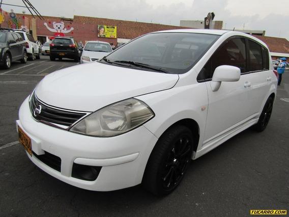 Nissan Tiida Premium Mt Hatch Back