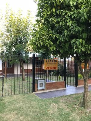 La Lucila 2 Casas Sobre Lote Propio