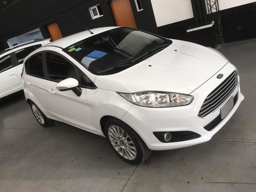 Ford Fiesta Kinetic Design 1.6 Se Plus  2015
