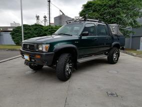 Toyota Hilux 4x4 Mt 2.4 1995