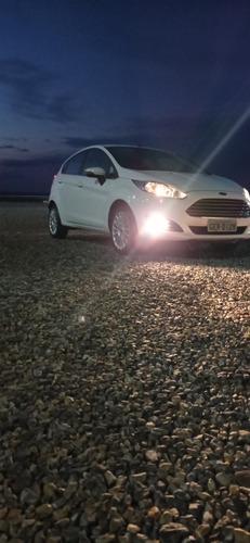 Imagem 1 de 6 de Ford Fiesta 2017 1.0 Titanium Ecoboost Powershift 5p