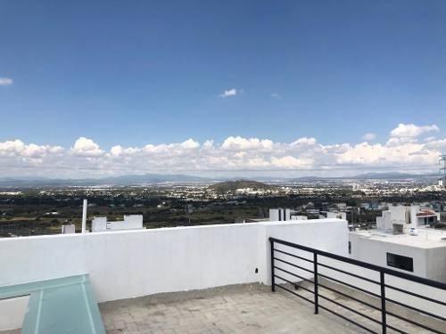 En Punta Esmeralda, Esquina, Roof Garden, Hermosa Vista !!