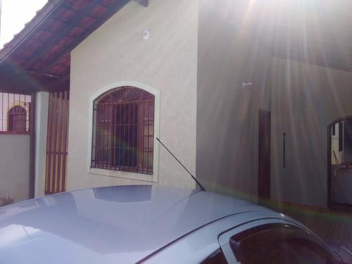 Imagem 1 de 14 de Casa Isolada 1 Quarto, 3 Gar, Próx Praia E Mercd. R$ 220.mil