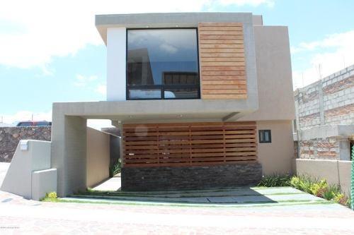 Casa En Venta En Zibata, El Marques, Rah-mx-20-777