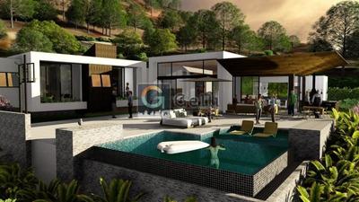 Casa Em Condomínio- Petrópolis, Carangola - 498