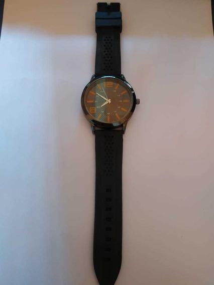 Relógio Analógico Detalhes Em Amarelo Pulseira De Silicone