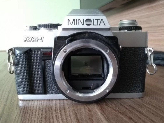 Câmera Minolta Xg-1 (n) + Flash Minolta Auto 200x